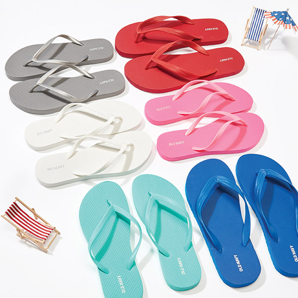 5ad6beba5d28 Save The Date  Old Navy s One Dolla Holla  1 Flip-Flop Sale Is Almost A  Week Away