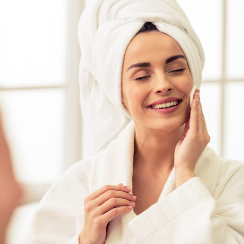 4 Nighttime Moisturizers That Will Make Your Skin Look Younger In The Morning