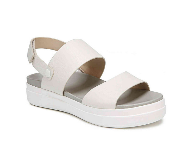 ee24d52b5 These Are The Most Comfortable Women s Platform Sandals