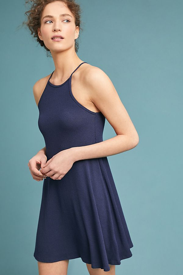 e44f1e26775 We Found The Most Flattering Dress Ever Under  40 At Anthropologie s ...