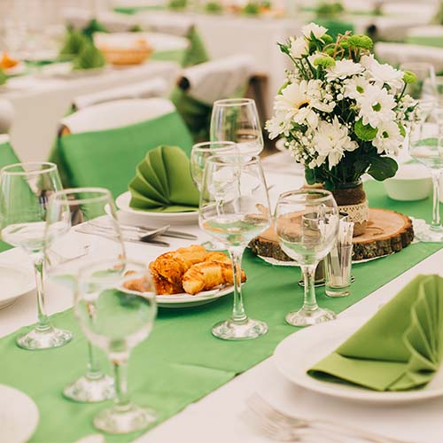7 Wedding Color Combinations That Are Out For 2019