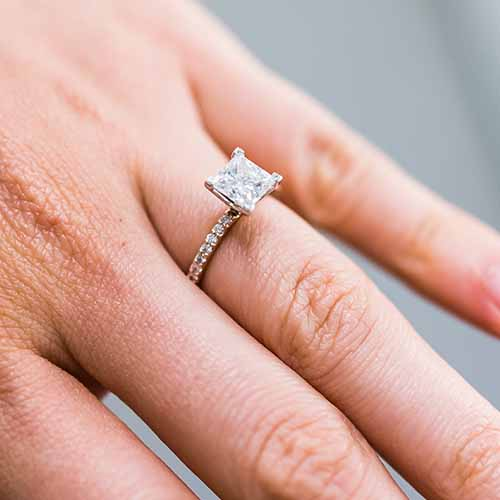 Wedding Hairstyle Trends 2019: 5 Engagement Ring Trends That Are Out For 2019