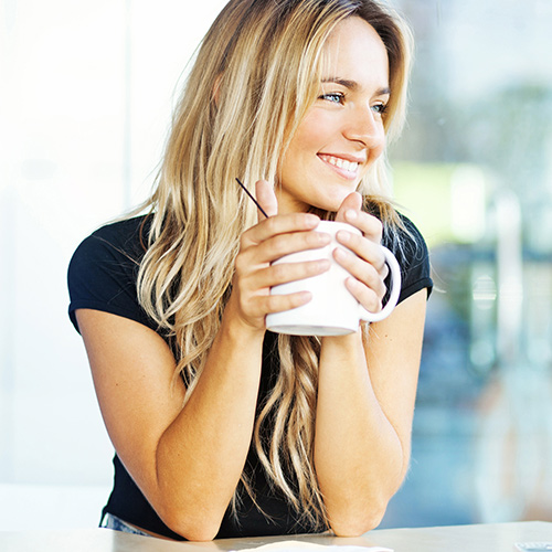 The One Hot Drink You Should Have Every Morning For Clear Skin, According To A Dermatologist