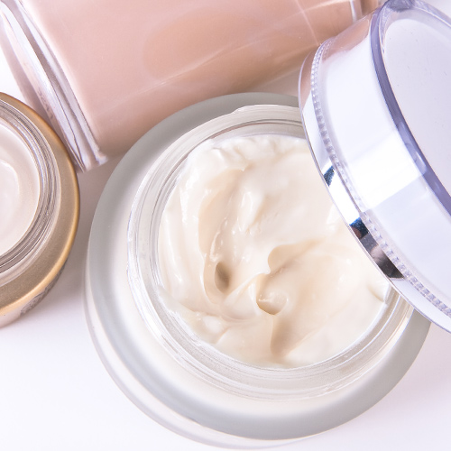 The Affordable Retinol Night Cream Every Women Over 40 Should Be Using For Wrinkle-Free Skin