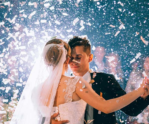 12 Things Brides Regret Not Doing At Their Reception