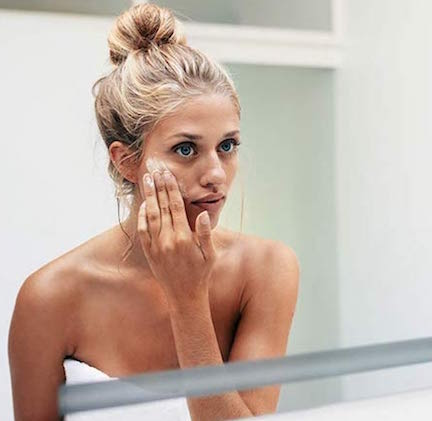 This New Anti-Aging Moisturizer Is SO Good You Can See Results In Just 1 Week