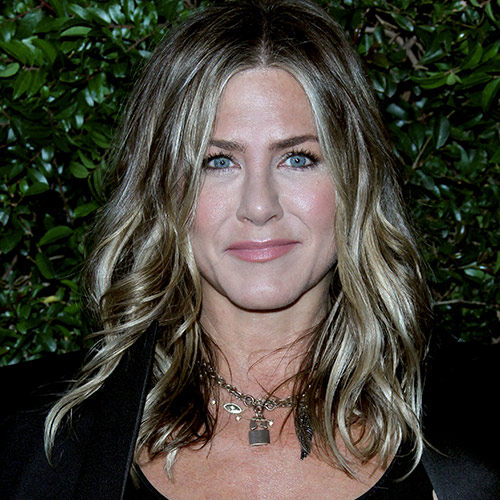 The $7 Drugstore Product Jennifer Aniston Swears By For Wrinkle-Free Skin