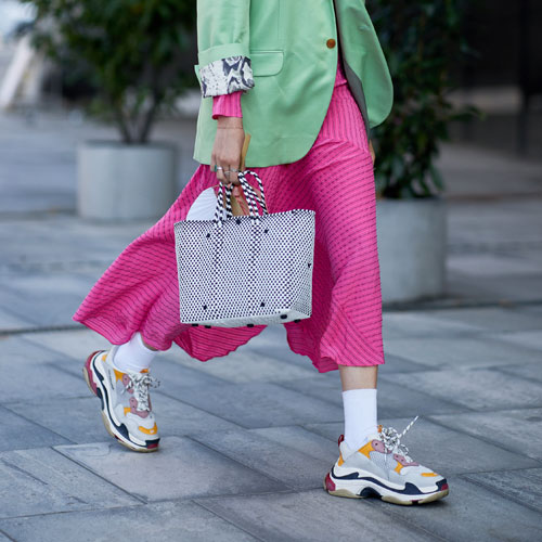 4 Sneaker Trends That Are Going To Be Everywhere This Fall (& They're Not Slip-Ons)