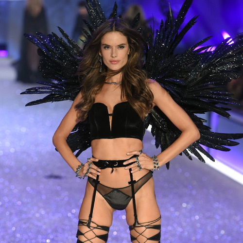 e395fb83ce You ll Turn Heads In This Super Sexy DIY Victoria s Secret Angel Halloween  Costume - SHEfinds