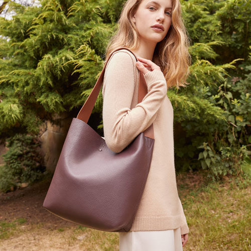 It S Here This Is The Perfect Must Have Tote Every Woman Needs For Fall