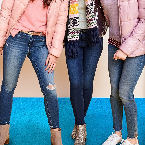 28c42ec9f49f1 Old Navy s Insanely Popular Rockstar Jeans Are On Sale For Just  15 ...