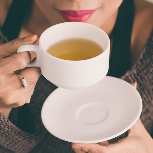 The One Fat-Burning Tea You Should Have Before Bed Because It Speeds Up Your Metabolism