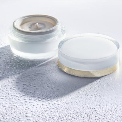 benefits of using under eye cream