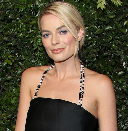 Margot Robbie Is A TOTAL Knockout In This Plunging Lace Dress--We Can't Take Our Eyes Off Her!
