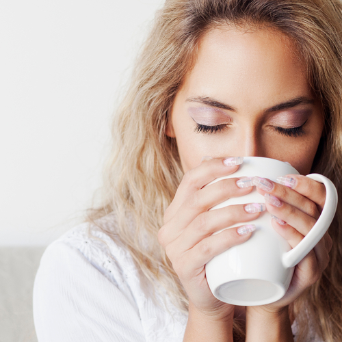 The One Herbal Tea You Should Have Every Day To Prevent Hair Loss, According To An Expert