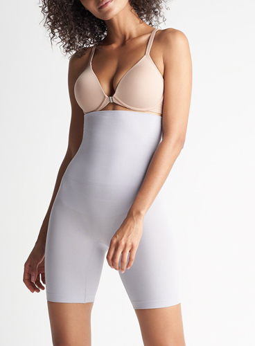 eaea76b18a6 This Is The Most Slimming Shapewear EVER–It Makes You Look 5 Pounds ...