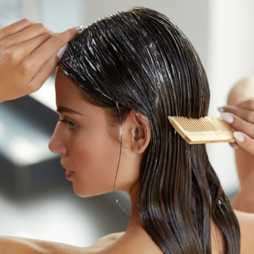 The One Conditioner You Should Switch To ASAP For Hair Loss Over 40, According To An Expert