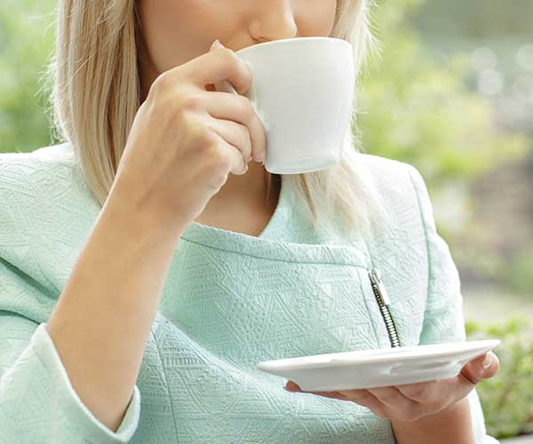 The One Tea You Should Be Drinking Every Morning To Speed Up Your Metabolism Over 40, According To Experts
