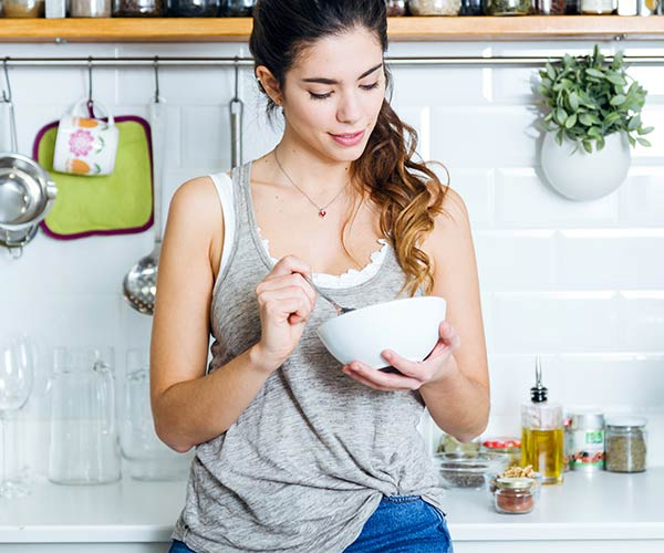 The One Anti-Inflammatory Breakfast Food You Should Eat Every Day To Boost Your Metabolism & Lose Weight, According To Nutritionists