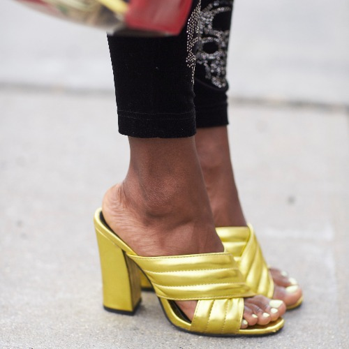 492954bf46d 4 Shoe Trends That NO One Will Be Wearing In 2019—& What To Buy ...