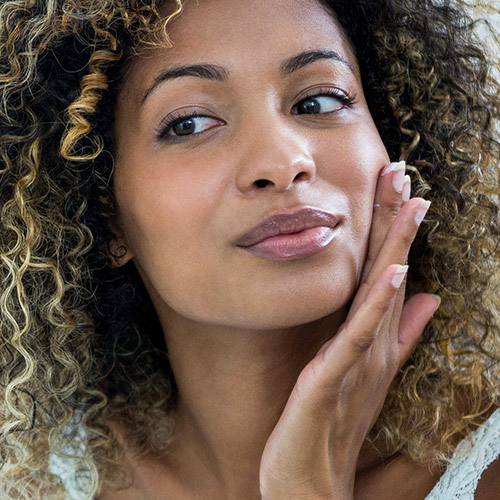 how to use facial oil