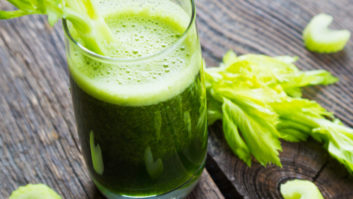 The Zero-Calorie Drink Experts Say You Should Have Every Day For Better-Looking Skin