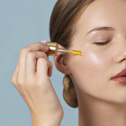The Anti-Aging Facial Oil That Gives You Younger-Looking Skin In Less Than One Month