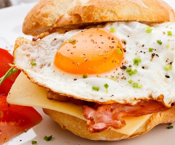 bacon egg cheese sandwich