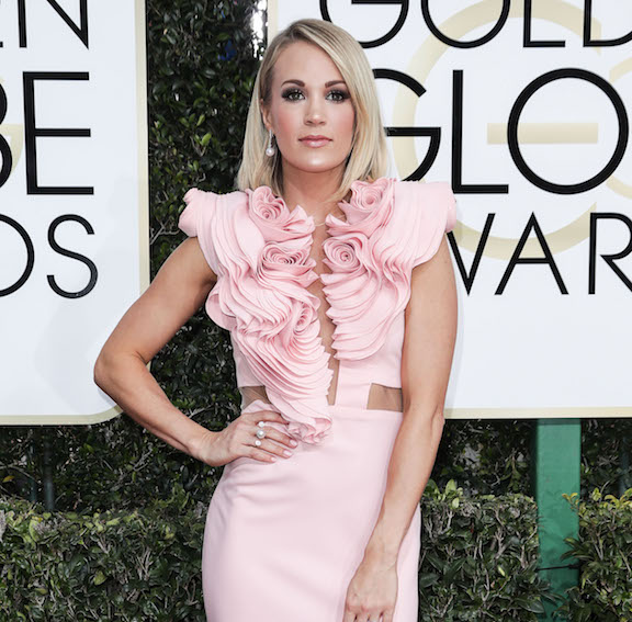 carrie underwood on the red carpet