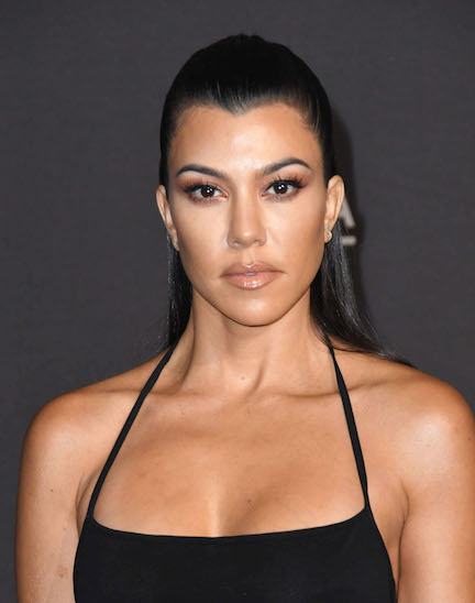 Um, Did Kourtney Kardashian Really Think That She Could Get Away With Photoshopping This Naked Instagram Picture?
