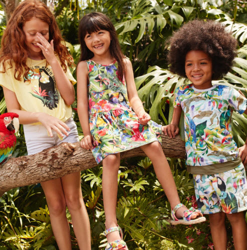 b8162cc5cb3e H&M has collaborated with British artist Kate Morgan on a kid's collection  of clothing and accessories featuring Morgan's wildlife-inspired designs.  The ...