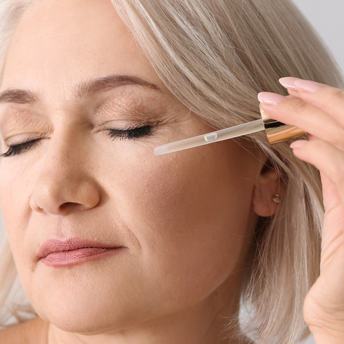 4 Anti-Aging Serums Dermatologists Swear By To Look 10 Years Younger