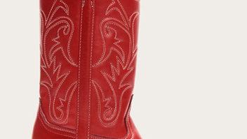 White Cowboy Boots Are Trending, And We Found The Most Perfect Pair
