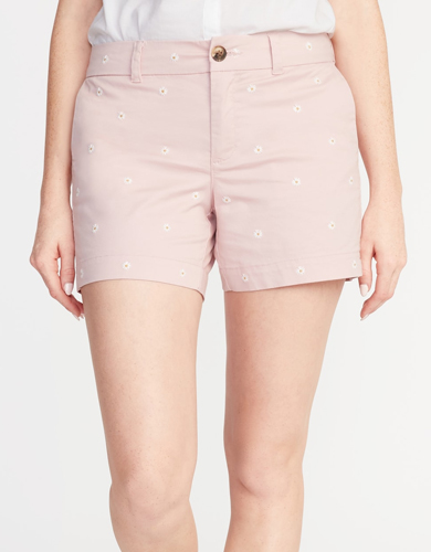 14d6002f92bb1 Old Navy Mid Rise Embroidered Daisy Everyday Shorts ($8, down from $26.99)