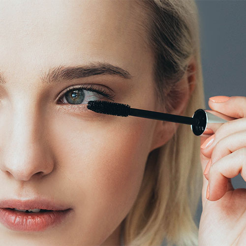 4 Life-Changing Mascara Hacks Every Woman Over 40 Should Know To Look 10 Years Younger
