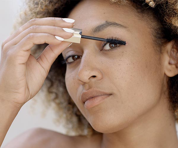 best mascara that makes eyelashes look fake