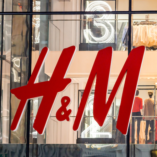You *Need* To Order This $17 Maxi Skirt From H&M Before It Sells Out–It's Perfection
