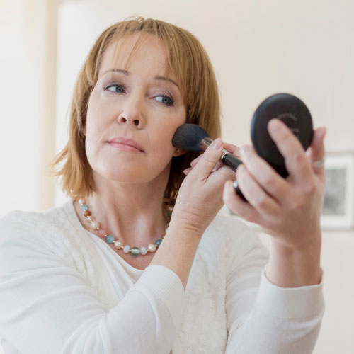 4 Life-Changing Makeup Hacks Every Woman Over 40 Should Know To Look 10 Years Younger