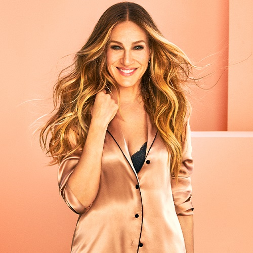 Sarah Jessica Parker Looks So Good In Intimissimi's New Bra Twist Collection–We Want *Everything*