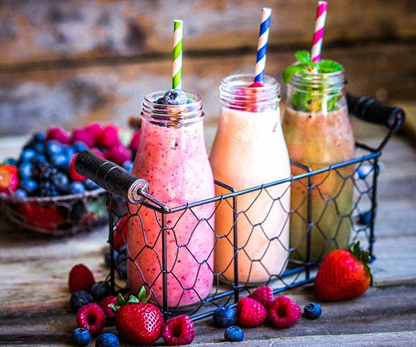 4 Metabolism-Boosting Smoothies Doctors Swear By To Burn Calories Faster For Weight Loss