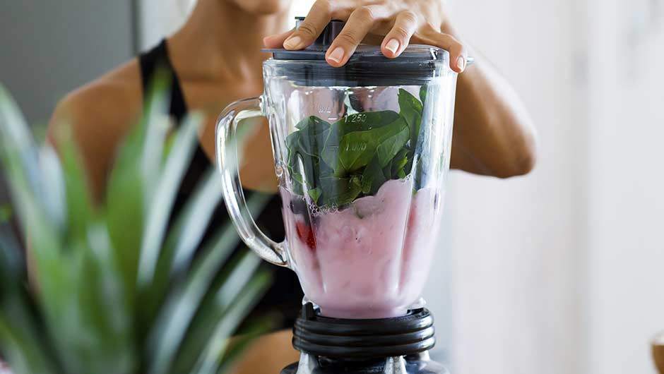 The One Smoothie You Should Start Having In The Morning To Burn Calories Faster This Week