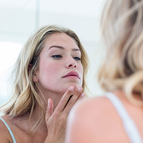 The One Food That Dermatologists NEVER Eat Because It Clogs Your Pores