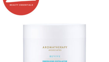 Treat Your Skin To Some Post-Summer TLC With This Seriously Good Body Scrub