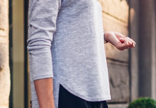 You *Need* To Score This Cozy V-Neck Top On Sale Now For Cold Weather Later