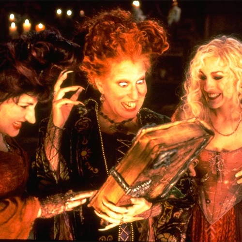 This DIY 'Hocus Pocus' Witches Halloween Costumes Is So Good It's Scary