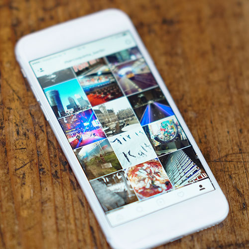 The Scary Mistake You Keep Making When Removing Pictures On Your iPhone