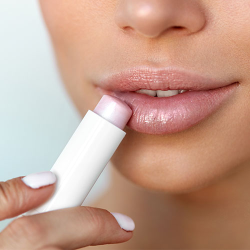The One Lip Balm Dermatologists Say You Should NEVER Use If Your Lips Are Already Chapped