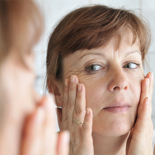 4 Morning Tips Dermatologists Swear By To Take 10 Years Off Your Face