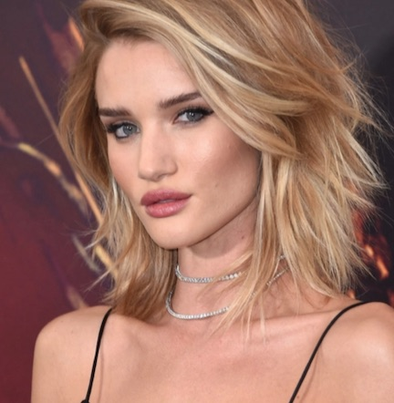 You Call This A Top? Rosie Huntington-Whiteley Looks Naked In Her Latest Outfit!