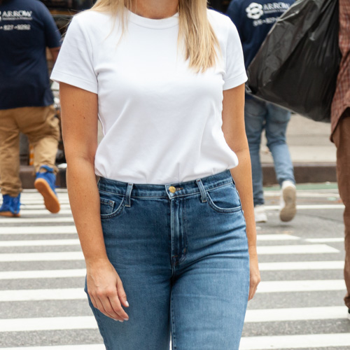 Hurry—The $15 White Tee Every Cool Girl Loves Styling With Jeans For Fall Is BACK!